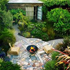 Furnishing Small Spaces by Backyard Designs Small Spaces Outdoor Furniture Design And Ideas
