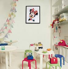 1928 2015 the magic of mickey mouse instantly noticeable even in the pixelated format of our minnie pixels wall art minnie mouse has become the queen of disney move over elsa