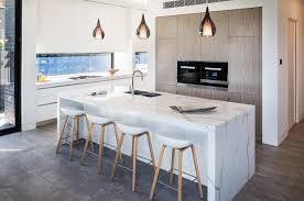 show case urban kitchen