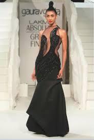 lancha dress 15 top designer indian engagement dresses 2016