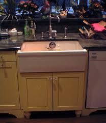 Farmer Sinks Kitchen by 139 Best Farmhouse Sinks Images On Pinterest Farmhouse Sinks