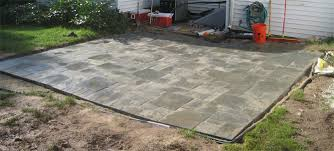 How To Make A Patio Out Of Pavers Laying A Paver Patio Free Home Decor Techhungry Us