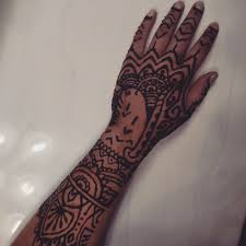 henna design inspired by rihanna u0027s hand tattoo by layegua on