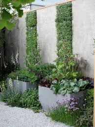 Modern Garden Planters 136 Best Vertical Gardening Images On Pinterest Vertical