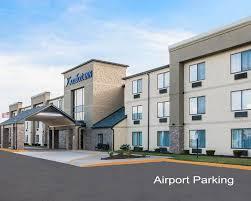 Comfort Inn Cleveland Airport Comfort Inn Dtw Airport Parking Way