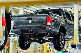 toyota manufacturing touring toyota u0027s texas truck plant