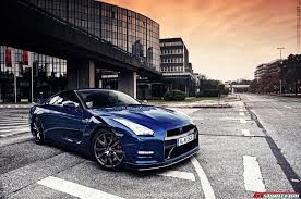 nissan gtr skyline photo collection front nissan gt r 35 skyline wallpaper 1366x768