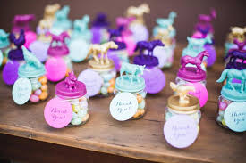 baby shower souvenirs 100 baby shower favor ideas shutterfly