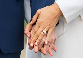 how much does an engagement ring cost how much does meghan markle s engagement ring cost and how big is