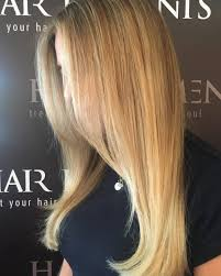 caramel lowlights in blonde hair 26 sweetest honey blonde hair colors you ll see for 2018