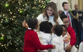 White House Christmas Decorating The Decorations Are Up U0027 Melania Trump Kicks Off Her First White