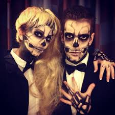 Skeleton Face Painting For Halloween by Simple Way To Do A Couple U0027s Skull Makeup Without Doing The White