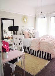 Diy Room Decor For Small Rooms How To Make The Most Of Your Small Space Teen Room Decor White