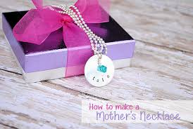 christmas gifts to give your mom christmas gift ideas