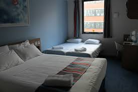 JibberJabberUK Travelodgical In Liverpool - Travelodge london family room