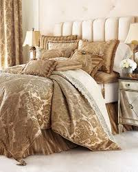 Bedding Decorating Ideas Give Your Bedroom A Luxury Touch With Luxury Bedding Decor Crave