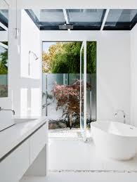 Modern Bathroom Pictures by 18 Extraordinary Modern Bathroom Interior Designs You U0027ll Instantly