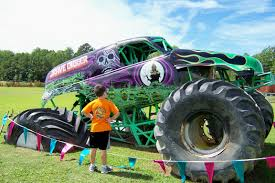 grave digger monster truck specs grave diggers dungeon with my boys favorite places pinterest