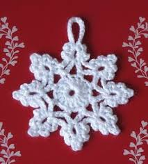 crochet ornament wreath inspiration no