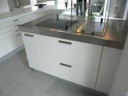cuisine laqué blanc cuisine blanc laque cuisine beta par cuisine laque blanc et bois