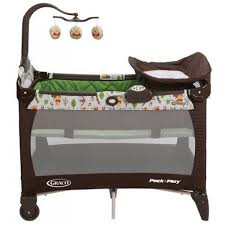 Graco Pack N Play Changing Table Graco 1924833 Pack U0027n Play Henson Playard With With Newborn Napper