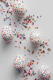 Diy Plastic Easter Egg Decorations by 10 Fun Creative D I Y Egg Decorating Ideas Handy Blog