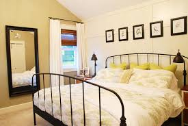 nice warm nuance of the iron bed room design can be decor with