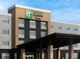 holiday inn express u0026 suites west edmonton mall area hotel by ihg