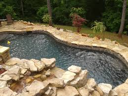 4 awesome ideas for your backyard pool