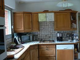 moderniser une cuisine en bois repeindre cuisine en bois avec repeindre cuisine rustique fashion