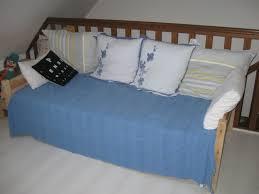lit transformé en canapé transformation d un lit en banquette