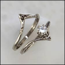 elvish wedding rings interlocking wedding set with celtic wedding wedding