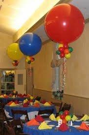 Elegant Balloon Centerpieces by Balloons Centerpieces Party Favors Ideas
