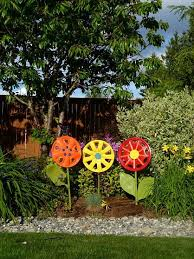 Garden Spinners And Decor 57 Best Spinners For The Yard Images On Pinterest Wind Spinners