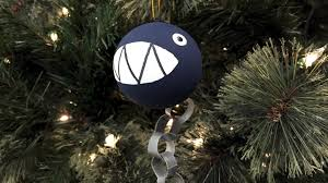 1up your tree with a diy chain chomp ornament and
