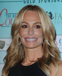 hair style from housewives beverly hills taylor armstrong taylor armstrong real housewives and beverly hills