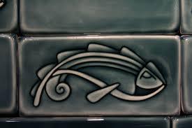 custom handcarved porcelain art nouveau fish tile border by lynne