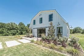 Magnolia Real Estate Waco Tx by Fixer Upper U0027 Season 4 Home For Sale In Waco Texas Today Com
