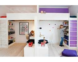 chambre pour 2 enfants partager la chambre en deux avec des lits mezzanines momes