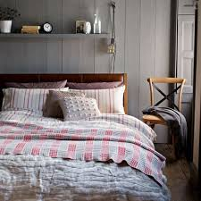 Bed Linen Decorating Ideas Layering Bedlinen Red Online