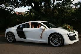 location de voiture pour mariage hire wedding car white audi r8 quite wedding car
