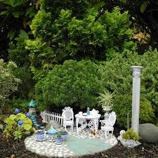 october 2012 the mini garden guru from twogreenthumbs com
