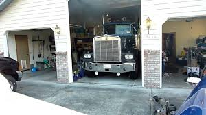 kenworth w900 a model for sale 1981 kenworth w900a leaves garage for the last time youtube