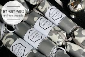 new year party favors 20 new year s ideas link party features i heart nap time