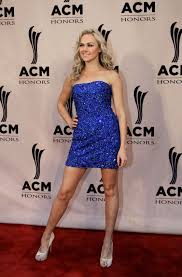 picture of laura bell bundy