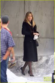 jennifer aniston films reshoots for u0027office christmas party u0027 with
