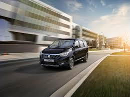 renault lodgy renault lodgy stepway edition launched priced at rs 11 99 lakhs