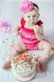 hello wonderful 12 adorable cake smash photos tips to set one up