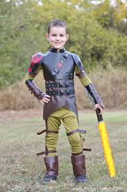 Top Family Halloween Costumes Best 25 Hiccup Costume Ideas On Pinterest Craft Foam Armor