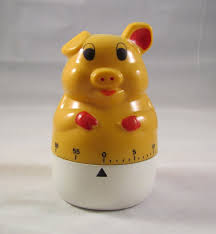 pig kitchen egg timer vintage yellow and working